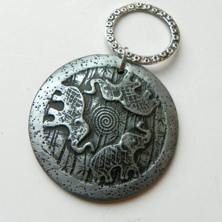 Přívěs na nákrčník slon stříbrný