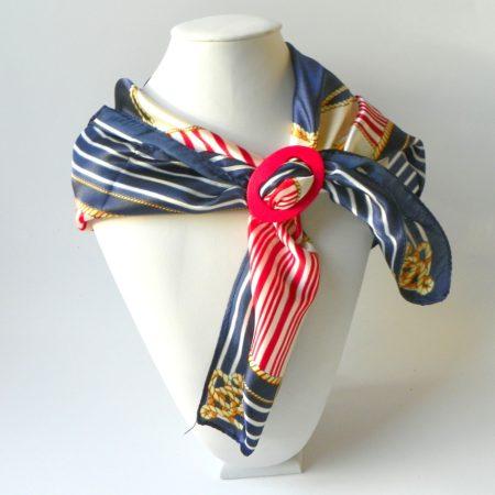 Šátek se sponou námořník