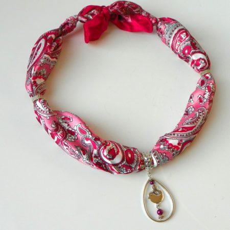 Šátkošperk s ptáčkem růžový