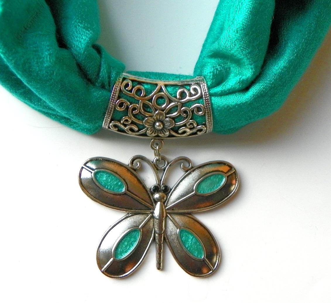 Zelenotyrkysová šperkošála – motýl  2575edfa1f