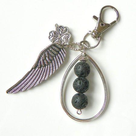 Přívěsek křídlo s lávou