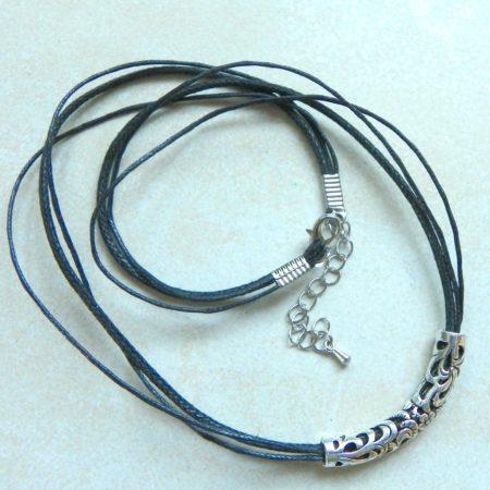 Trubičkový náhrdelník I.