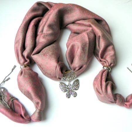 Šedorůžová šperkošála - motýl