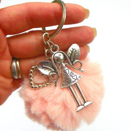 Andělka s kožešinovou koulí - růžová