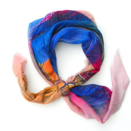 Šátek se sponou - peříčka