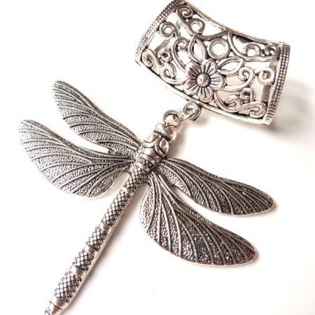Přívěs na šálu vážka stříbrná