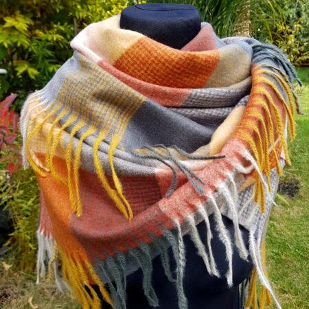 Maxi šátek Apač